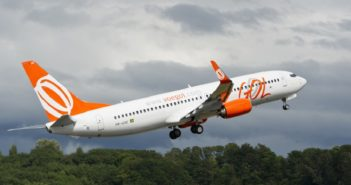 B737_700-GOL-PR-GXE-Boeing-Media