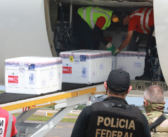 Aeroviários trabalham para entregar vacinas